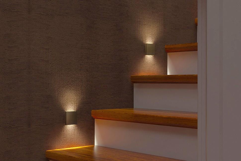 Квадратный светильник для подсветки лестницы