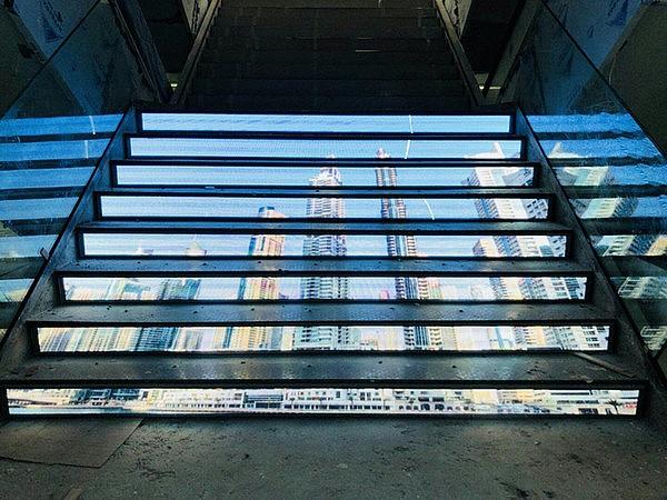 Мультимедиа лестница
