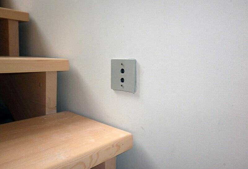 Датчики движения для включения света на лестнице