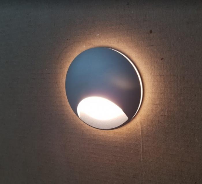 Светильники для лестницы - преимущества и разновидности